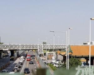 多路段實施臨時交通安排