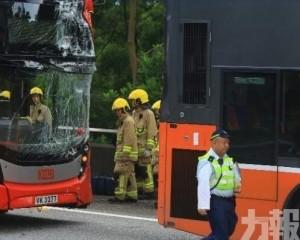 港大欖隧道兩巴士相撞釀12傷