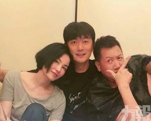 王菲孖好友慶祝50歲生日