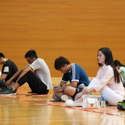 鼓勵學生適時放下壓力