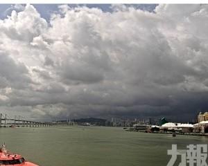 未來2小時有雷雨 雷暴警告正生效