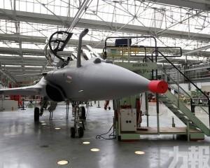 印度接受首架法製疾風戰機