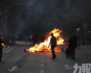 總統轉軚道歉 冀跨黨派協助解危機