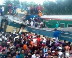 孟加拉國兩火車相撞至少15死58人傷