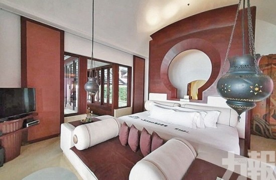 喀比超豪酒店 私家大床十呎長