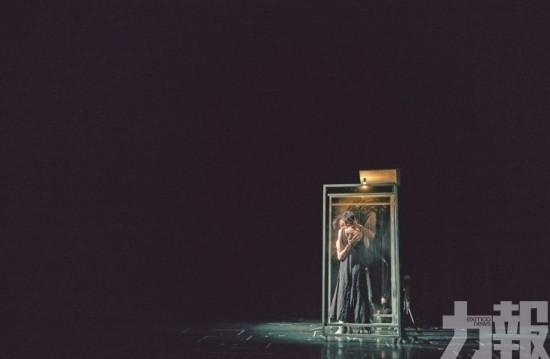 鏡花轉動 以劇作重溫生活的剎那
