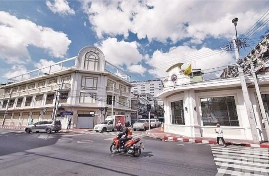 曼谷全新地鐵站啟用!