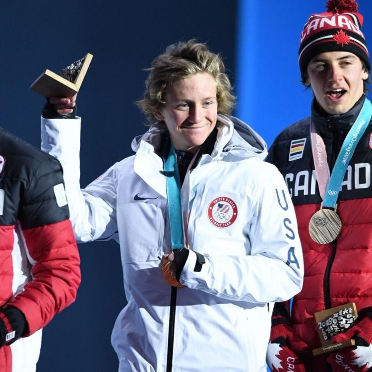17歲謝拉特滑出金牌